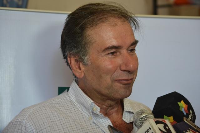Humberto Schiavoni piensa ser candidato a gobernador en 2019