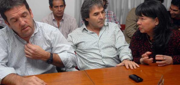 """""""Lucho"""" Viana y  """"Juanchi"""" Irrazábal son socios en un local de ropa"""