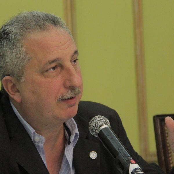Passalacqua advirtió que hará limpieza en su gabinete