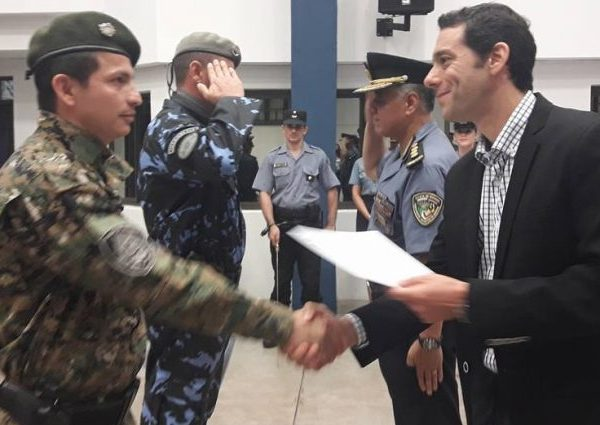 Marcelo Pérez quiere a los militares en las calles